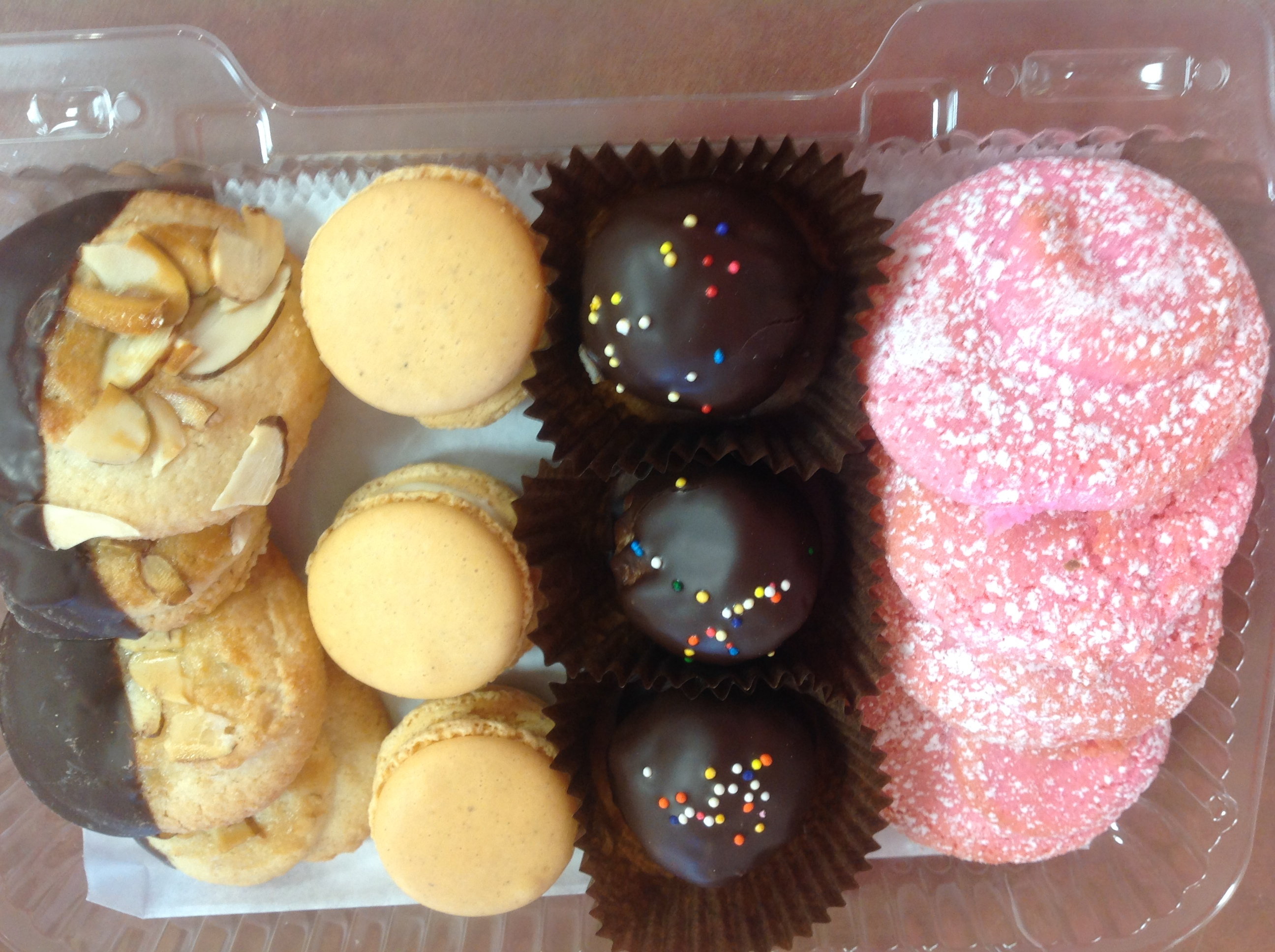 Gluten Free Pastries and Cookies at Dolce and Biscotti Italian Bakery