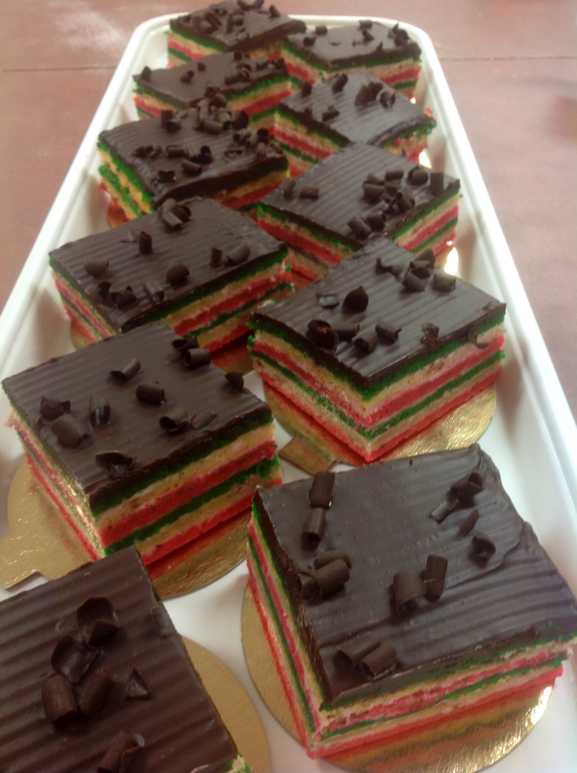 Gluten free individual desserts at Dolce and Biscotti Italian Bakery