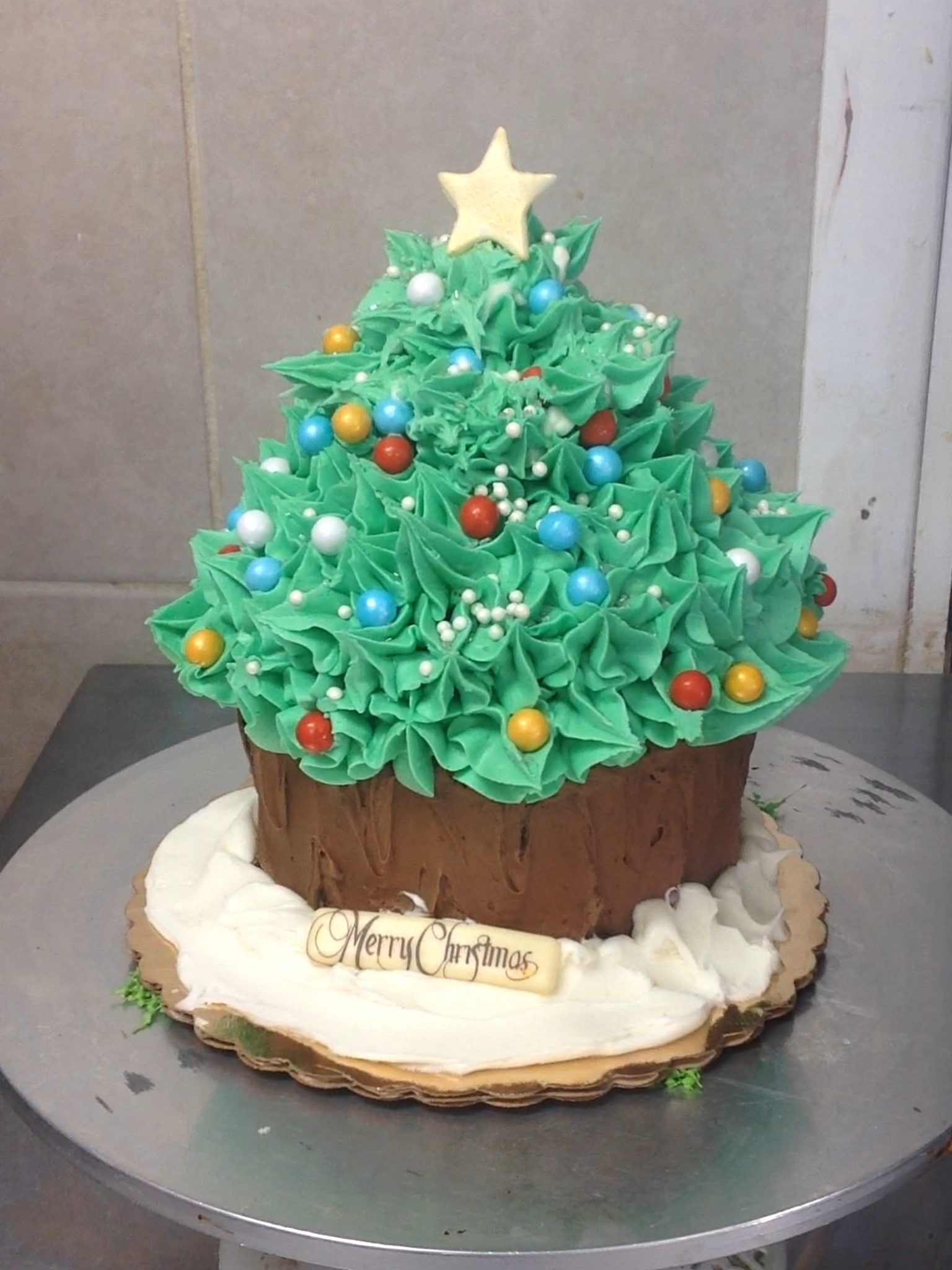 holiday cakes at dolce and biscotti