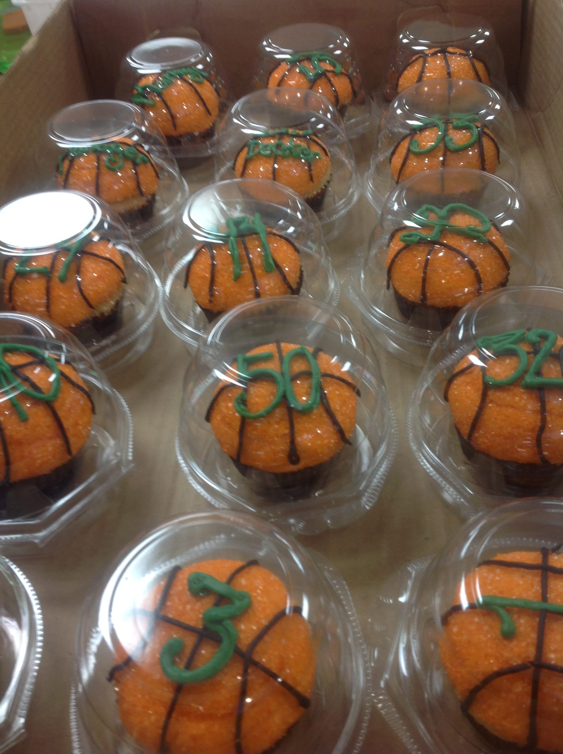 Individually packed cupcakes at Dolce and Biscotti Italian Bakery