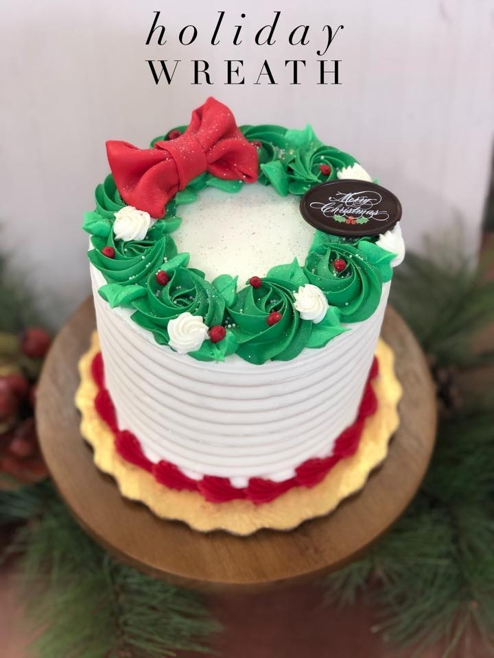 Holiday Wreath Cake, Dolce & Biscotti
